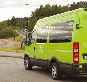 kjøre minibuss i arbeid