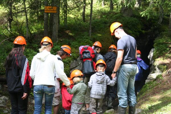 Feiring Jernverks Venner har gjort omfattende sikringsarbeid og rehabilitering av St Pauls gruve, og inviterer publikum til opplevelser og vandring ved og inni den gamle gruva som forsynte jernverket med malm.