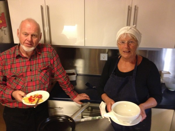 Jan og Marit Sveen står klar til å servere deg