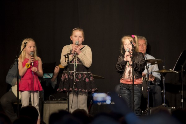 B7 Janne, Helena, Emilie og Andrine