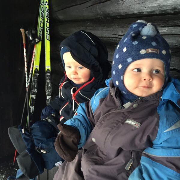 babyer på skitur