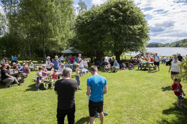 Nydelig vær og folkefest i Årneslandet