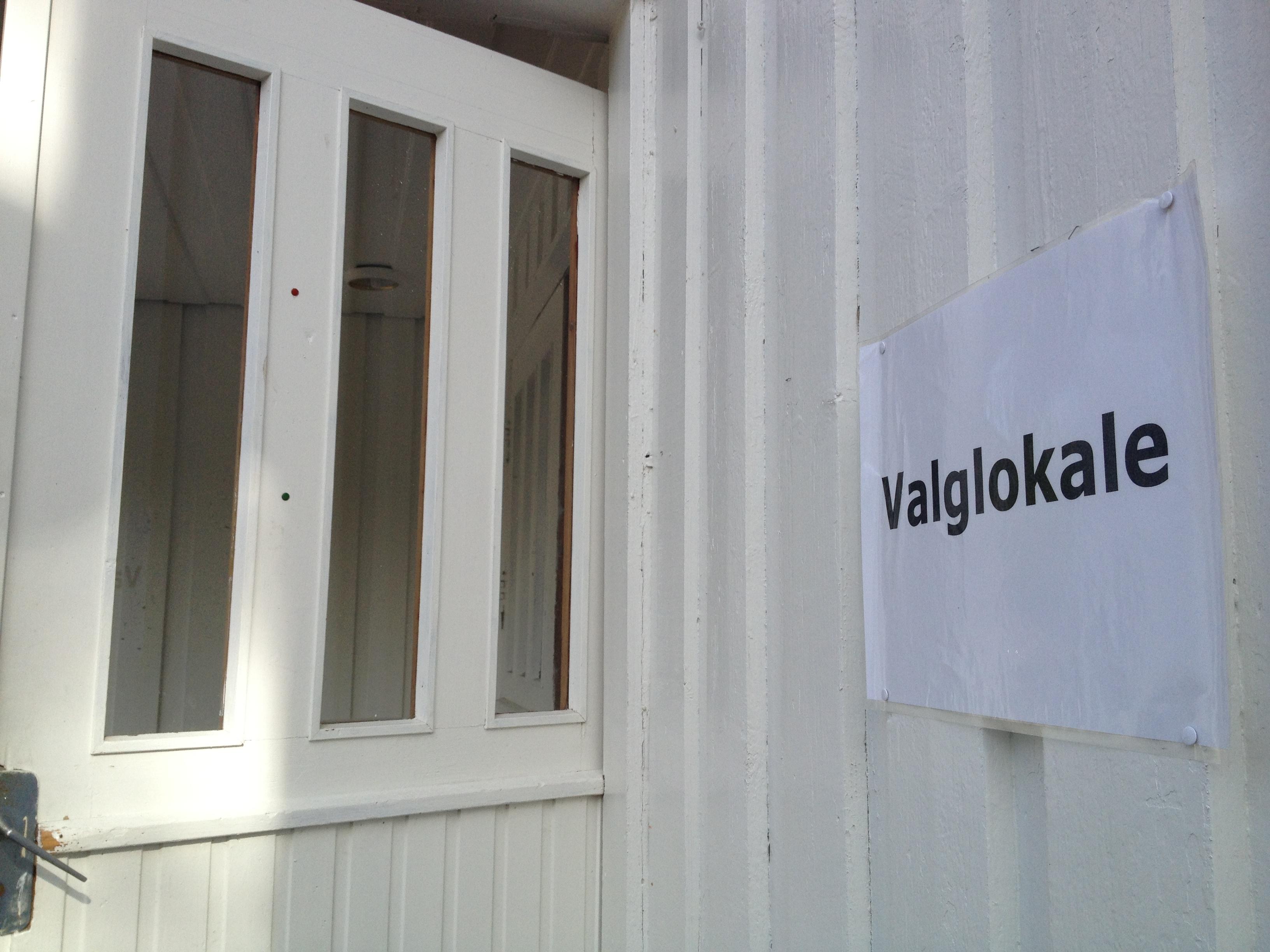 Åpningstider for valglokalet