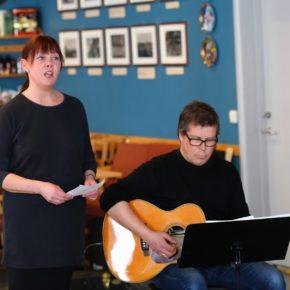 Sang og musikk på Fløygir
