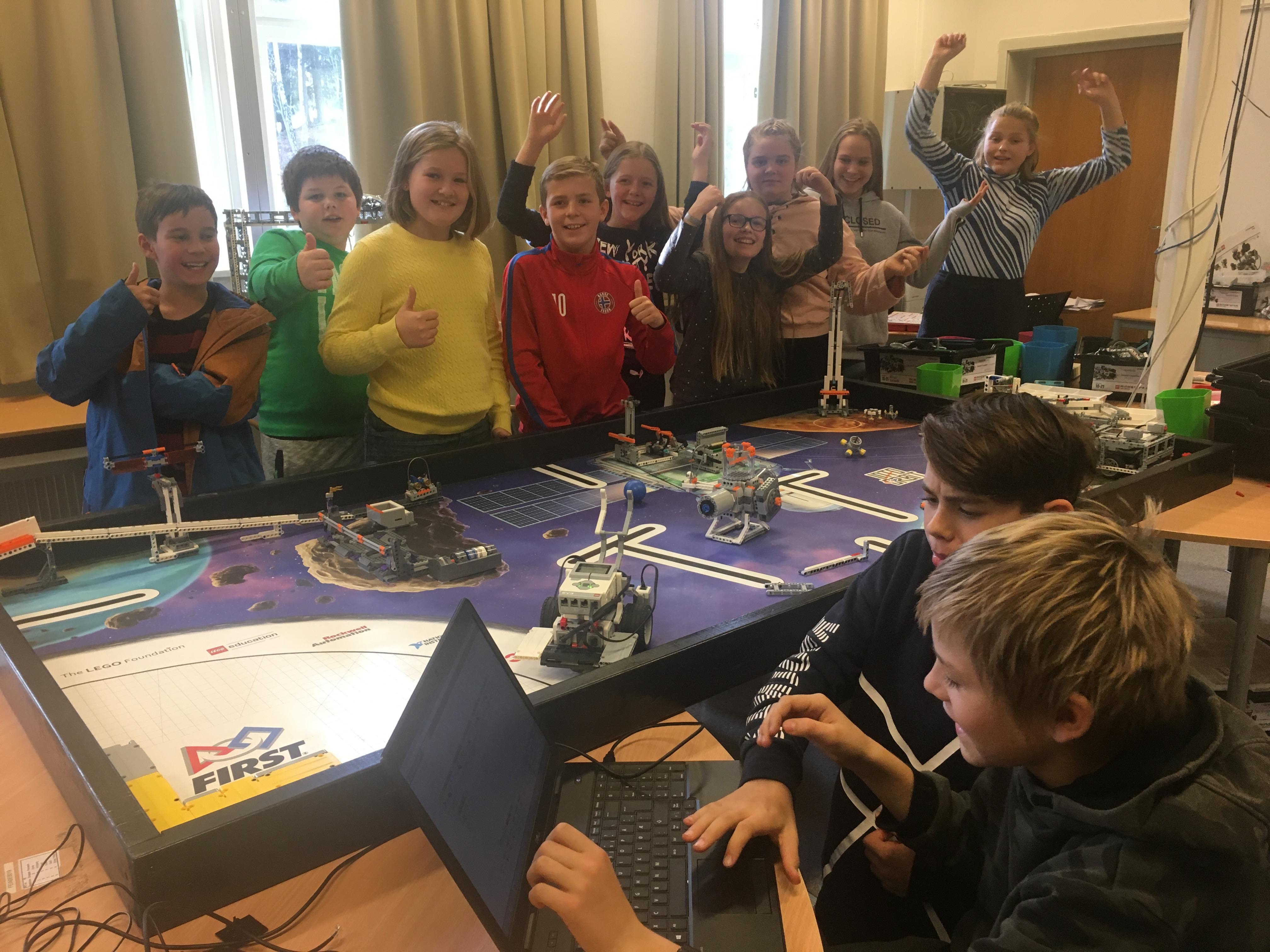 Elever fra Feiring forsker på romsøppel