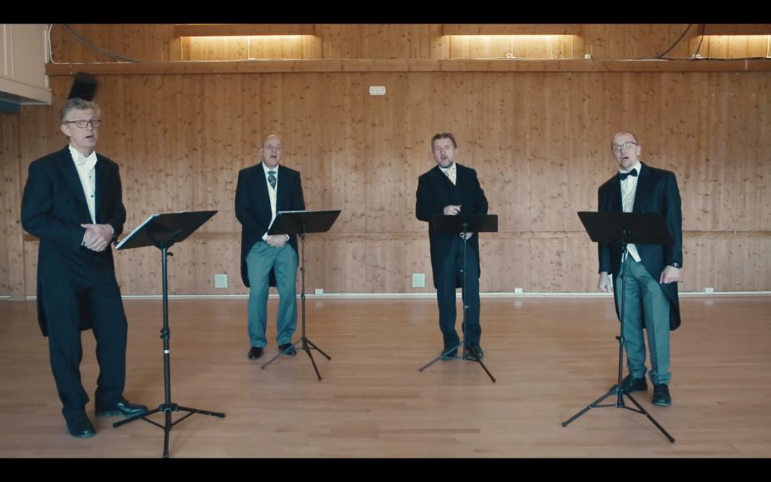 Mannskvartetten synger på 17.mai