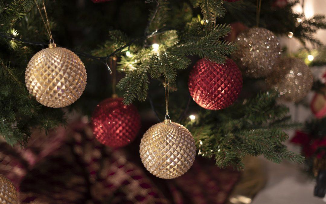 Har du julepynt til overs?